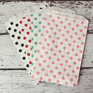 polka dot favor bags 1