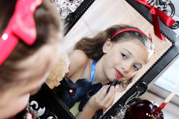 Sweet Snow White Celebration 6